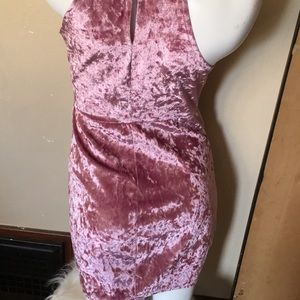 Dresses - Gently used dress